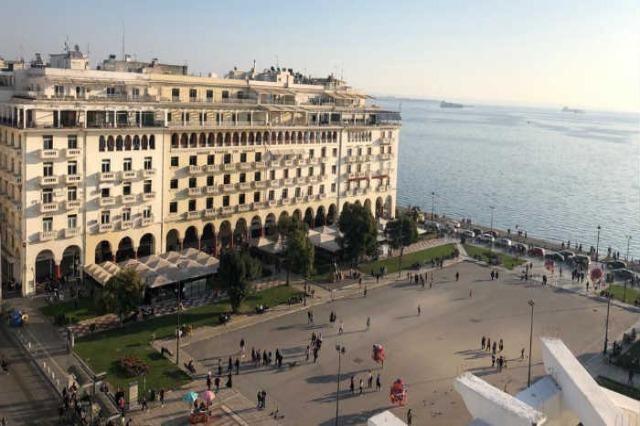 Rriten shifrat nga COVID-19 në rajon, Greqia hyn në karantinë të përgjithshme