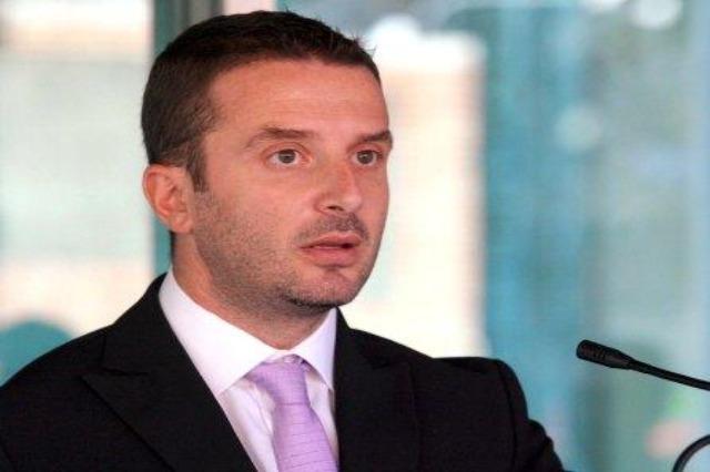 Zëvendëskryeministri Braçe, apel qytetarëve: Respektoni masat anti-covid, të shmangim një mbyllje të dytë të plotë