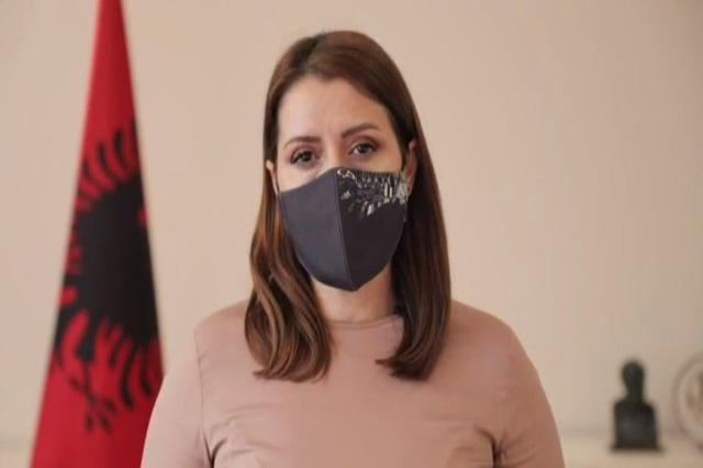 Rëndimi i situatës nga koronavirusi, ministrja e Shëndetësisë Manastirliu, apel qytetarëve