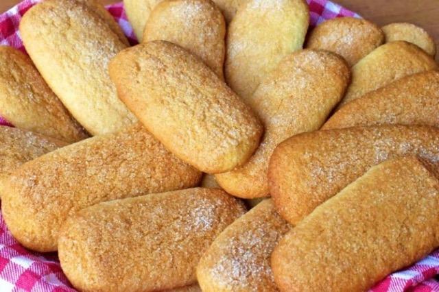 Biskota me miell misri, të lehta, të ëmbla plot shije