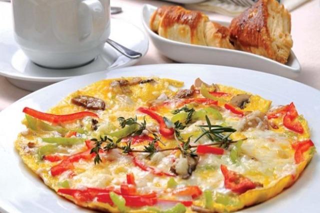 Omëletë italiane: Zgjedhje ideale për darkë!