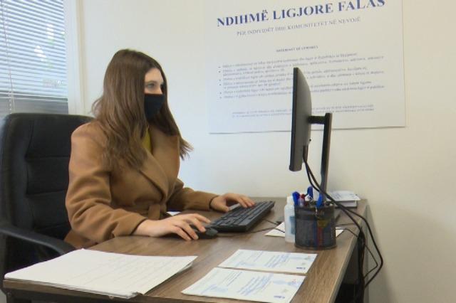 Hapet zyra e ndihmës juridike falas në qytetin e Gjirokastrës. Veizi:Përfitues janë kategoritë në nevojë dhe ato vulnerabël