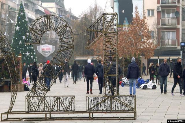 Kosovë, mosbesimi në premtimet klishe të partive politike