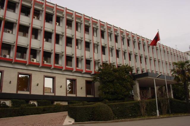 Shqipëri - Serbi dhe anasjelltas, kalimi edhe me karta identiteti