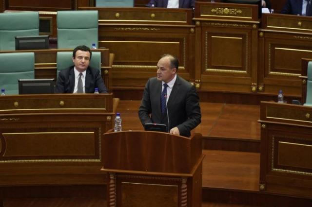 Zgjedhjet në Kosovë, Enver Hoxhaj fton në debat Albin Kurtin