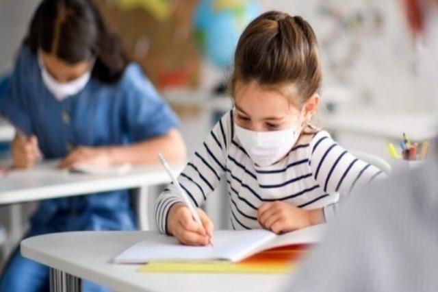 Greqi – Rihapen shkollat fillore