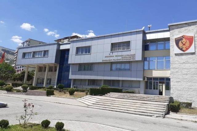 Tentuan të transportonin emigrantë të paligjshëm, dy të arrestuar në Gjirokastër