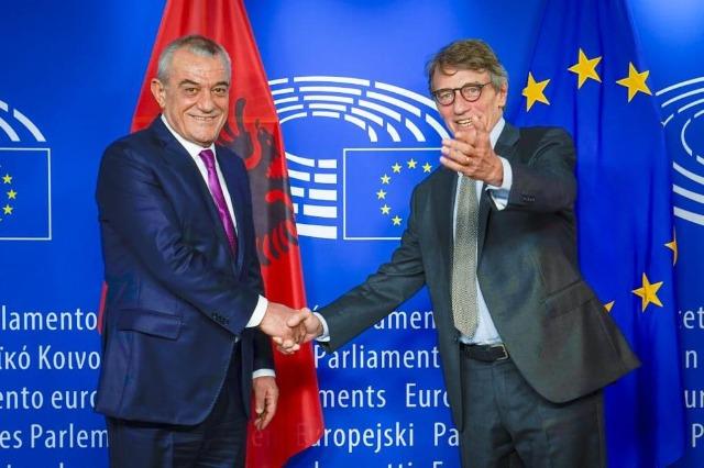 Sassoli i premton Ruçit: Parlamenti Europian do të vazhdojë të mbështesë Shqipërinë në rrugëtimin e saj drejt integrimit