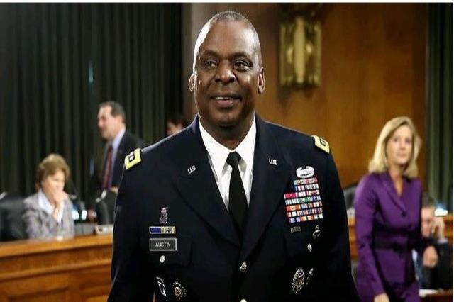 Senati voton shefin e Pentagonit, i pari afrikano-amerikan në këtë post që merr votat e 2 republikanëve