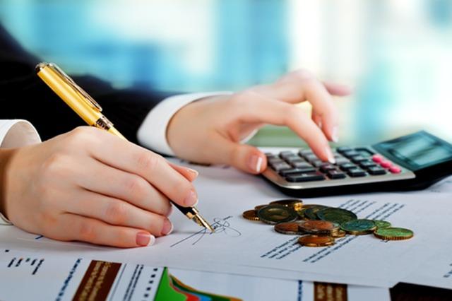 Sa do të jetë paga maksimale nga janari? Bizneset e individët do paguajnë 37 mln euro më shumë sigurime