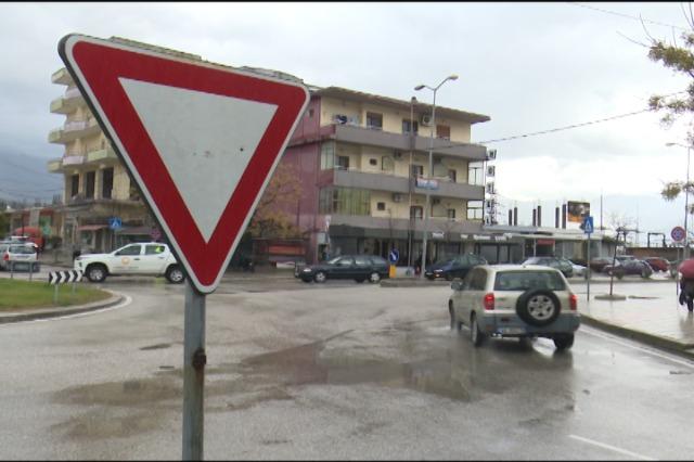 ASHP përmirëson sinjalistikën  rrugore në qytete dhe fshatra