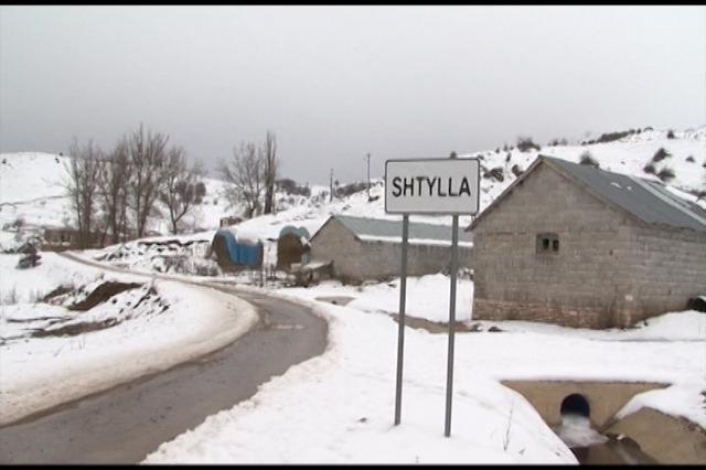 Fshati Panarit i bllokuar prej dy javësh