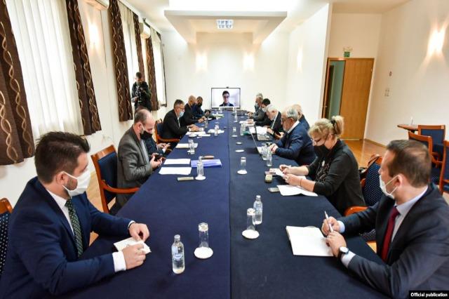 Maqedonia e Veriut dhe Bullgaria u rikthehen bisedimeve për kontestet