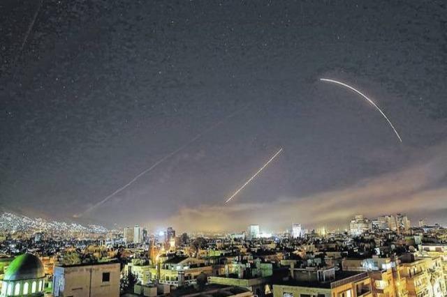 SHBA bombardon kufirin e Sirisë, vriten 17 luftëtarë iranian