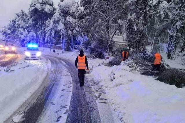 GREQI – Transporti publik ende me probleme pas temperaturave – 24,8 °C