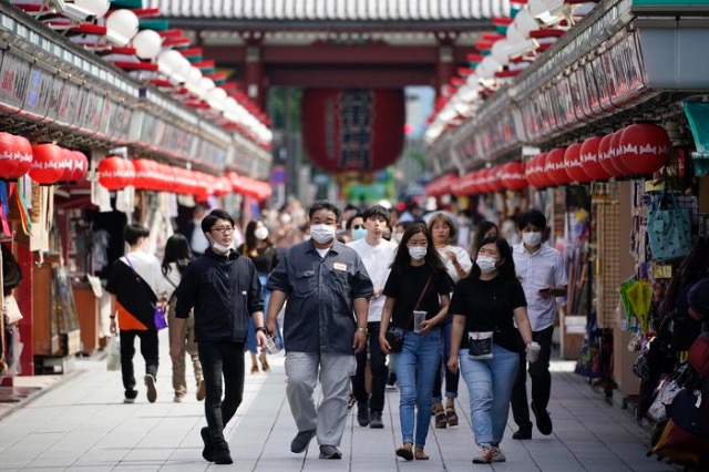 Japonia drejt lehtësimit të masave kufizuese