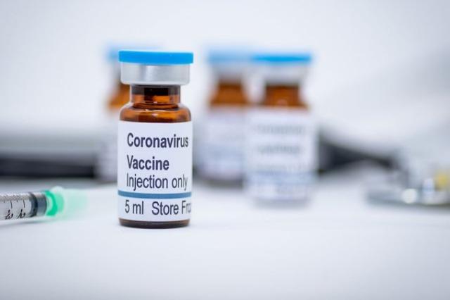 Vaksinat e Pfizer dhe AstraZeneca, zvogëluan shtrimet në spital deri në 94%