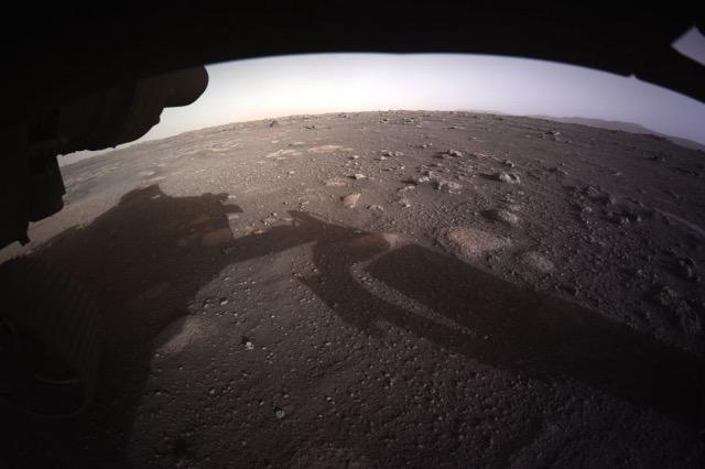 NASA publikon fotografinë e parë me rezolucion të lartë nga planeti Mars