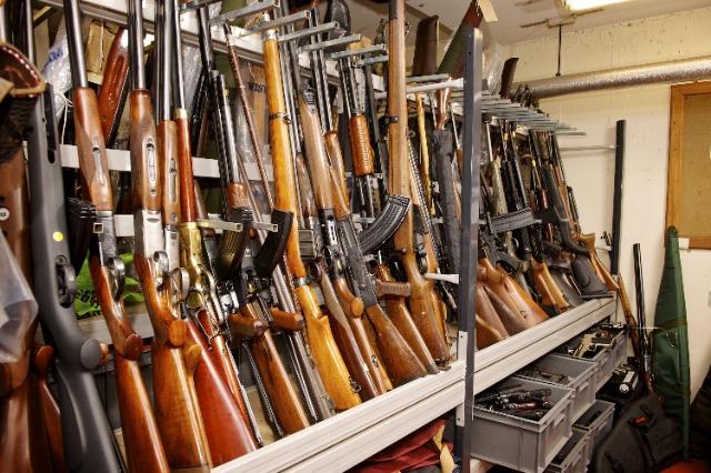 Armët e gjahut në popullatë, policia nismë për regjistrimin e poseduesve tyre