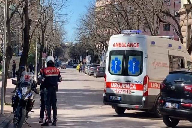 Aksident në Tiranë, përplasen tre makina