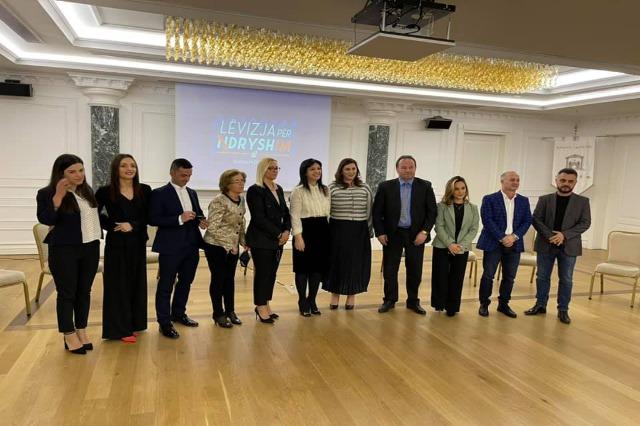 Topalli prezanton listën e kandidatëve për qarkun e Lezhës dhe Dibrës