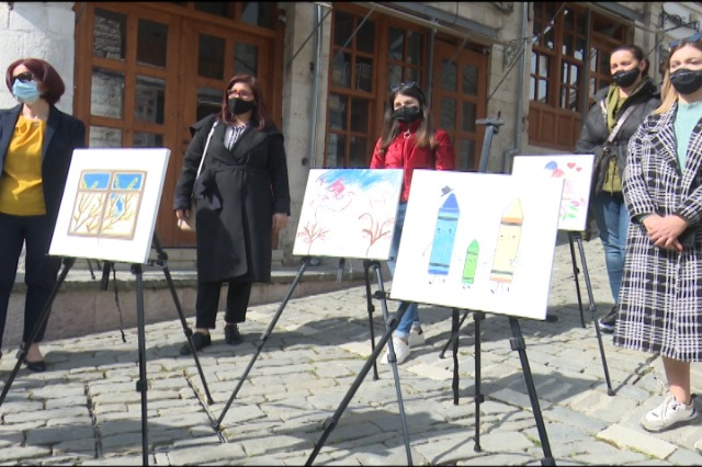 """Gjirokastër/""""Brezi i Barazisë"""",ekspozitë dedikuar ditës së 8 Marsit"""