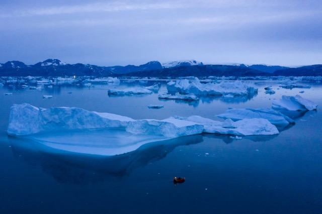 Shkrirja e akullnajave dhe ndërlidhja me ngrohjen globale