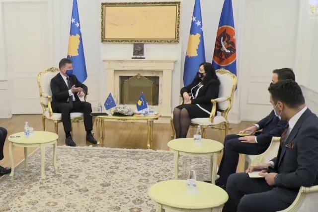 Osmani pas takimit me Lajçak: Procesi i dialogut duhet të rishikohet