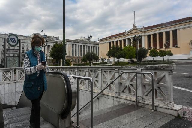Covid-19, Greqia njofton sërish masa më të rrepta kufizimi