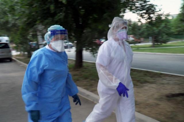 Kosovë, 8 humbje jete dhe 489 raste të reja me COVID-19