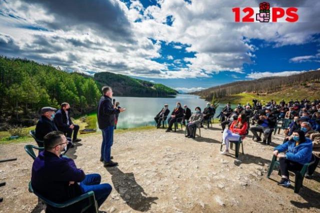 Balla takim me banorët e Funarit në Elbasan: Ndërtimi i rrugës do ta kthejë Funarin në një destinacion të rëndësishëm turistik