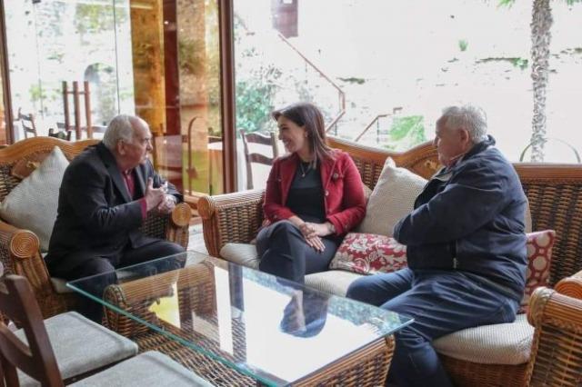 Kushi me vëllezërit e mirënjohur Zena: Krenare për ikonat e muzikës popullore të Elbasanit
