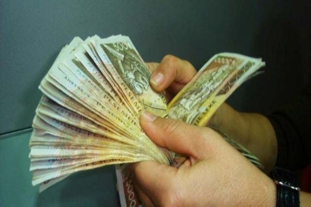 Kredia në lekë po fiton gjithnjë e më shumë terren në ekonominë shqiptare