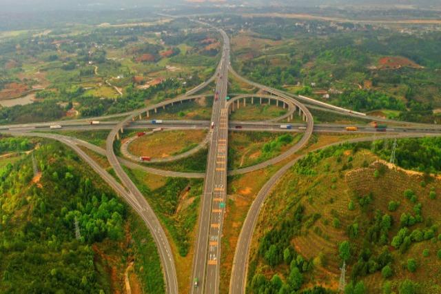 Kina, e para në botë për gjatësinë e autostradave