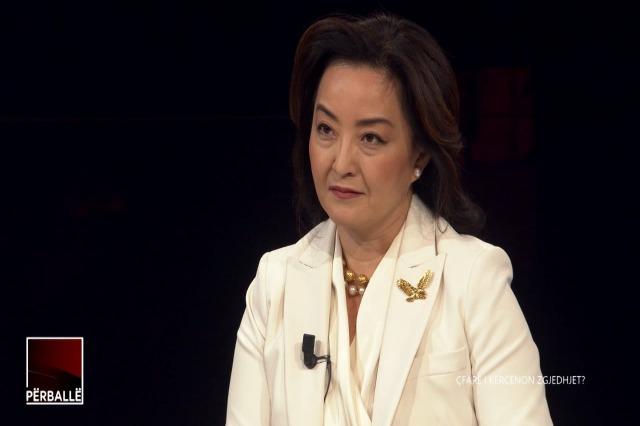 """Emisioni """"Përballë""""/ Ambasadorja Kim: Reforma në drejtësi ka trembur kundërshtarët"""