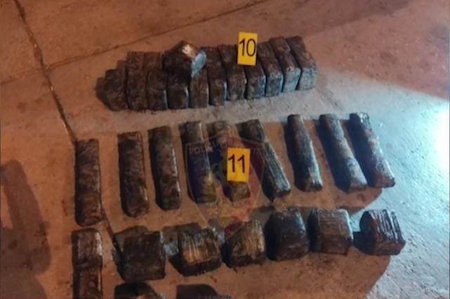 Porti i Durrësit, sekuestrohen 49 kg kokainë, ishte fshehur në kontejnerin me banane nga Ekuadori