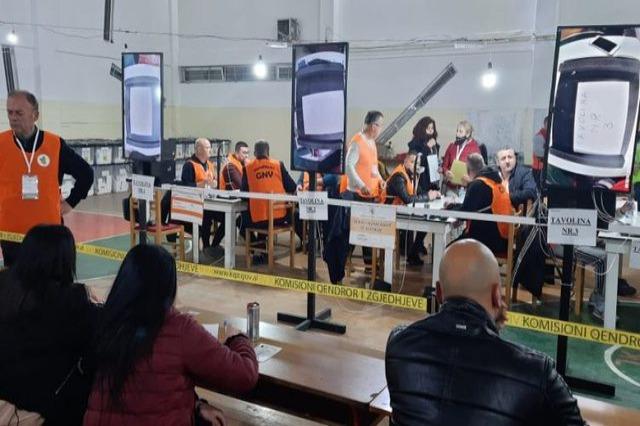 Mbyllet zyrtarisht numërimi i votave në Tiranë, kush janë më të pëlqyerit e PS, PD, LSI e PSD