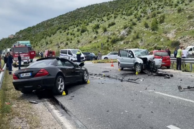 Aksident në aksin rrugor Shkodër-Lezhë, 4 të plagosur