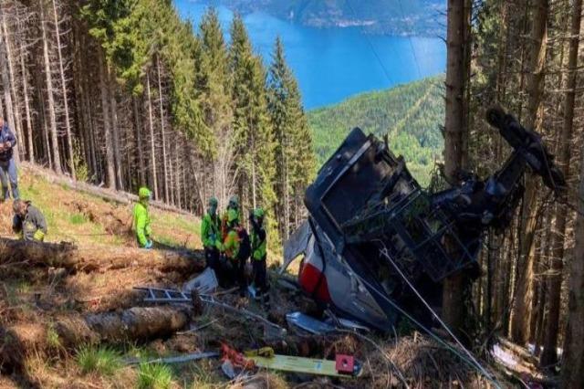 Rrëzohet teleferiku në Itali, humbin jetën nëntë persona