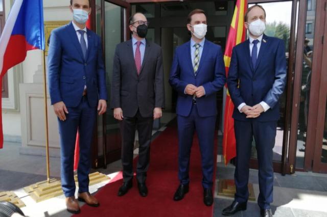 Shkupi merr mbështetje nga Austria, Çekia dhe Sllovenia për bisedimet me BE-në