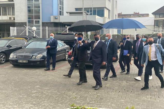 Palmer dhe Lajçak në Kosovë, takimet me dyer të mbyllura