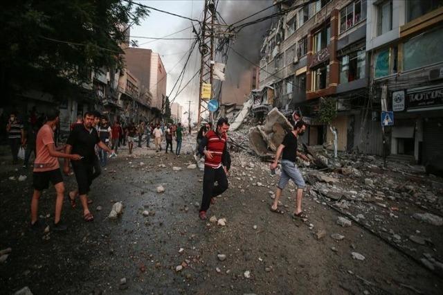 Vijojnë sulmet izraelite në Gaza