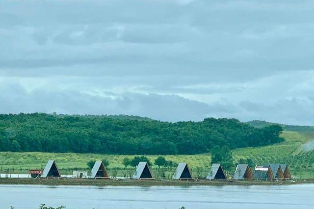 Kryeministri Rama poston pamjet mahnitëse nga liqeni i Marinës në Belsh