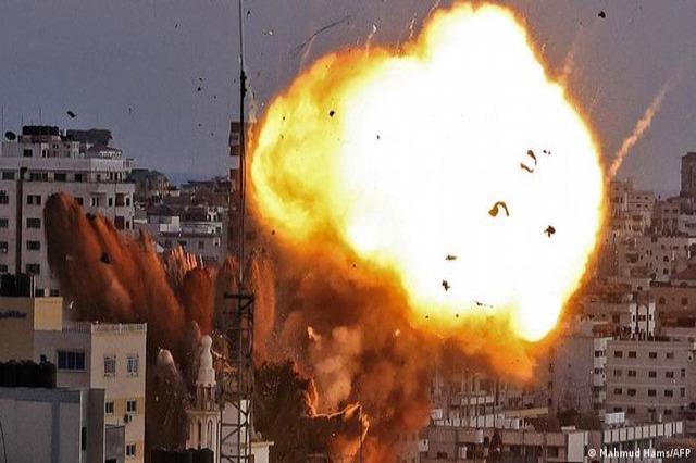 Hamasi vazhdon të hedhë raketa, Izraeli kundërpërgjigjet
