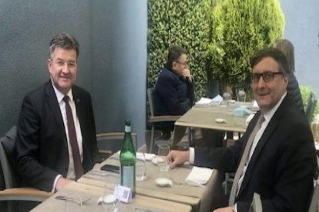 Lajçak dhe Palmer vizitojnë sot Kosovën