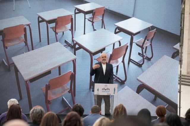 """""""RTSH Shkollë"""", Kontribut i jashtëzakonshëm nga mësuesit, shembull frymëzimi për të gjithë"""