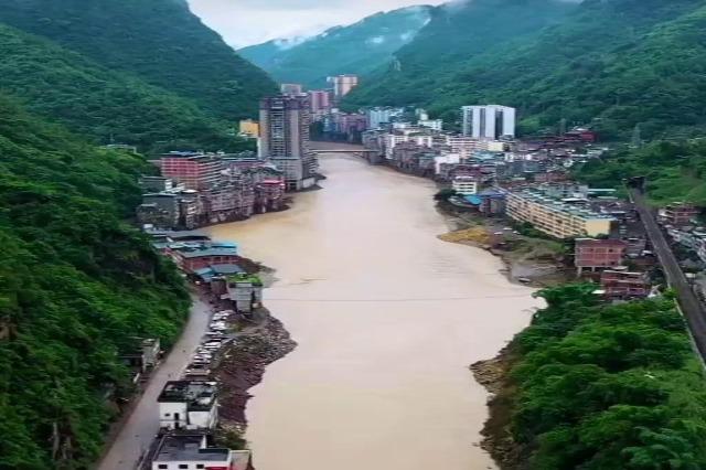 Yanjin qyteti më i ngushtë në botë ndodhet në Kinë