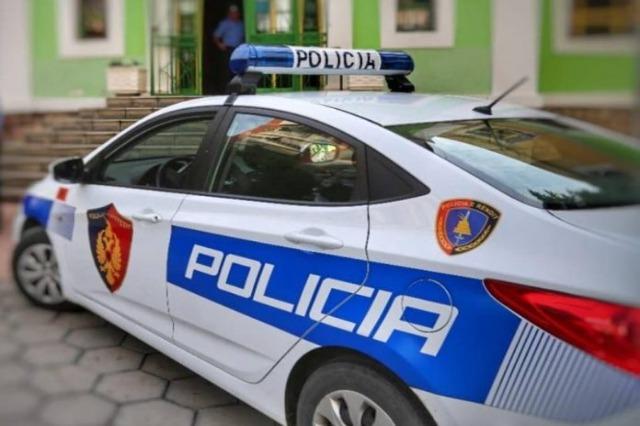 Përshtati godinën e braktisur për kultivimin e drogës, një i arrestuar në Lushnje