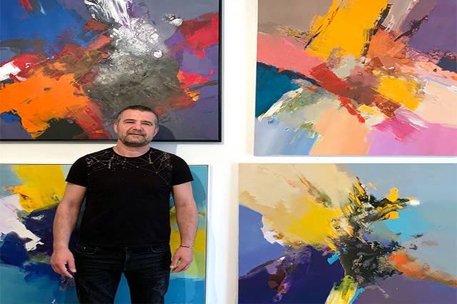 Ekspresionizmi abstrakt në pikturat e Përvathit