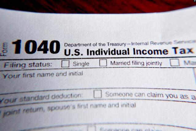 Miliarderët amerikanë paguajnë pak ose aspak taksa